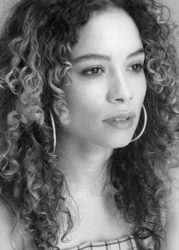 Sydney Morton Actor Singer Dancer Writer Blogger